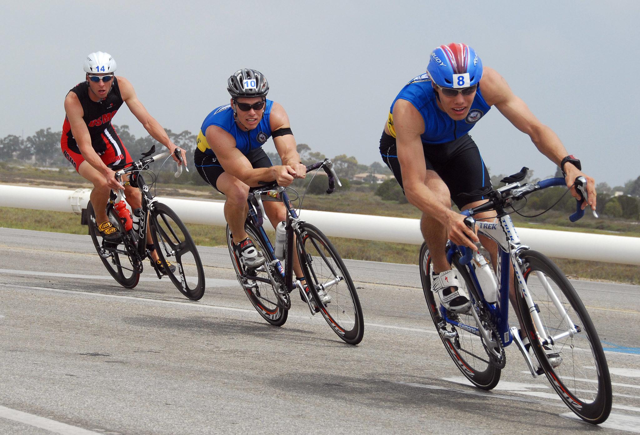 Train Smart, Race Fast – Essential Triathlon Tips