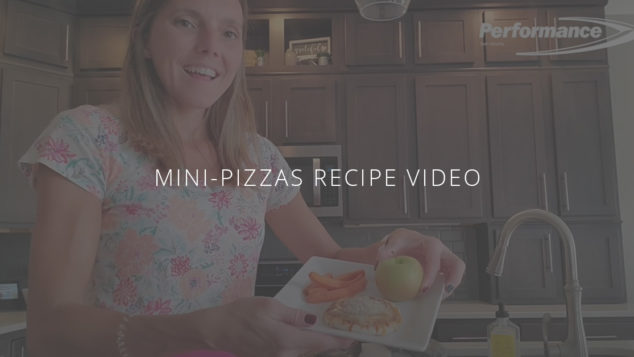 Healthy Kid-Friendly Lunches: Mini Pizzas